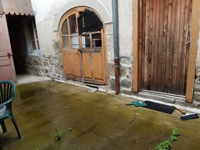 Maison de village à restaurer