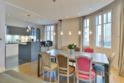 Lyon 6 - 163 sqm family apartment - 4 bedrooms