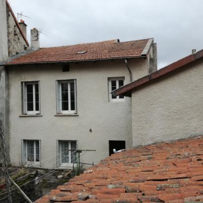 Maison de bourg 210m² hab + garage 100m² secteur Le Monasti