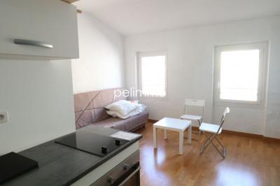 Appartement Salon De Provence 1 pièce (s) 18.35 m²