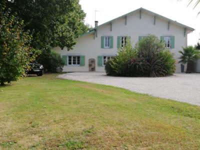 Maison Saint Jean De Marsacq 12 pièce (s)