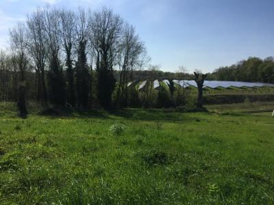 Terrain a bâtir liguge - 698 m²