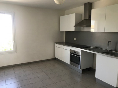 MARIGNANE - T4 92 m² en duplex