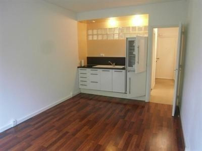 Rental apartment Le chesnay 700€ CC - Picture 2