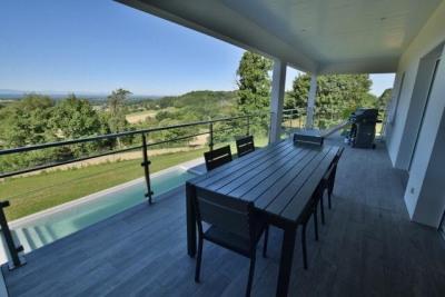 Villa contemporaine avec vue pyrénées