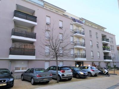 Vendu loue bel appartement en plein centre T3 au calme !