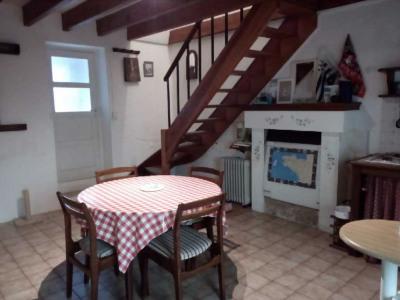 Charmante maison de 40 m² à Saint NICOLAS Du PELEM