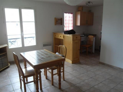 Appartement hanches - 1 pièce (s) - 27.35 m²