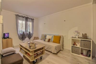 Appartement Nimes 1 pièce (s) 27 m²