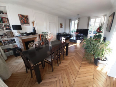 Appartement Melun Vue sur Seine 5 pièce (s) 116 m²