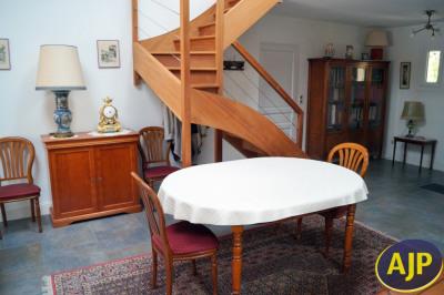 Maison Eysines 8 pièce (s) 195 m²