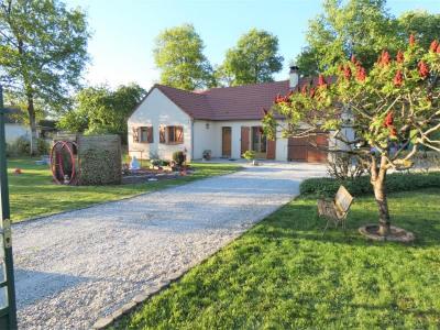 Maison de plain pied NEUVY EN SULLIAS - 4 pièce (s) - 109 m²