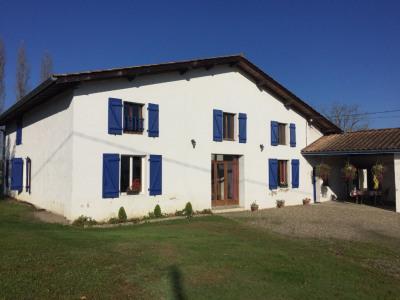Maison Pomarez 292 m²