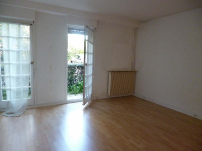 Appartement CHATENAY MALABRY - 1 pièce (s) - 33.74 m²
