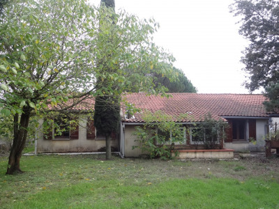 Villa T4/5 de 90 m² sur joli terrain de 2090 m² clos et arboré