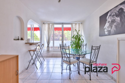 T4 80 m² - 3 chambres - 2 Balcons - Parking