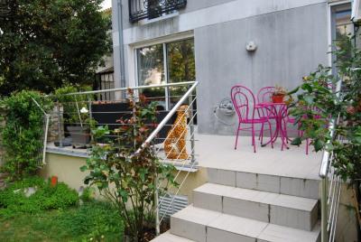 A vendre centre ville appartement type 2 jardin 80 m²