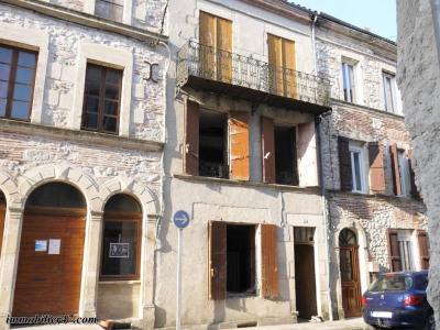 Immeuble a restaurer monclar - 6 pièces - 240 m²