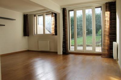 Location: appartement F2 (50 m² Carrez) à PONTOISE