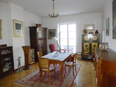 Appartement 4 pièce (s) - 150 m²