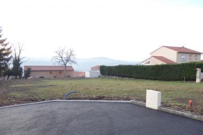Terrain constructible le puy en velay - 446 m²