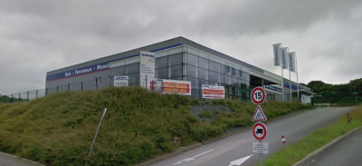 Local d'activité 2380 m²