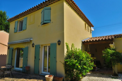 Maison 13100 4 pièce (s) 90 m²