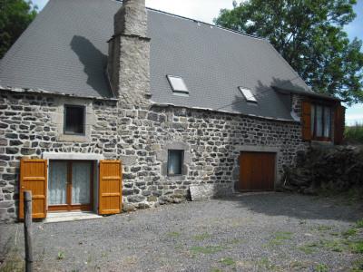 Ferme rénovée isolée Saint Front 240m² hab sur 5900m²