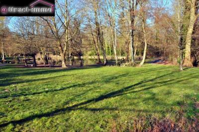 A St Arnoult-en-yvelines: terrain 815 m²
