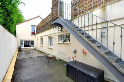 Maison divisé en 2 appartement
