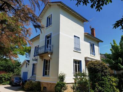 Maison bourgeoise 5 pièces de 150m²