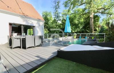 Maison contemporaine MONTFORT L AMAURY - 8 pièce (s) - 230 m²