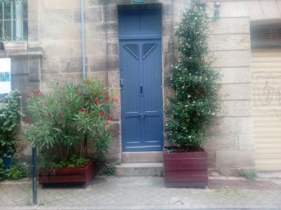Bordeaux st eulalie T3 immeuble de pierre