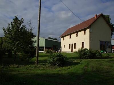 Maison située proche de Neufchâtel