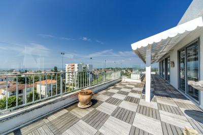 Appartement Royan 5 pièce (s) 176 m² avec VUE MER