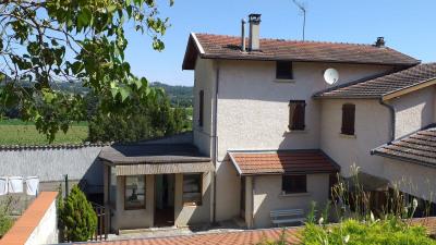 Maison de village T5 de 142m² à PONT-EVEQUE