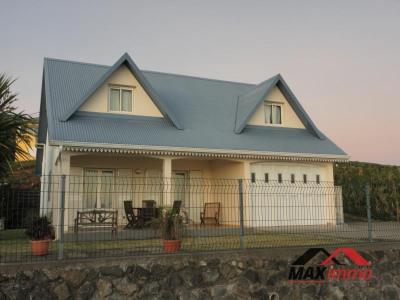 Maison st joseph - 5 pièce (s) - 140 m²