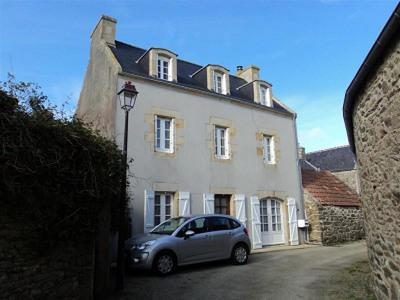 Maison entièrement rénovée Goulien