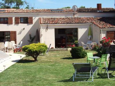 Grande maison charentaise 200 m² - Saint sulpice de royan