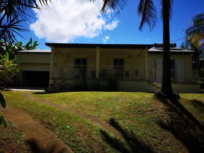Villa F4 avec jardin et garage