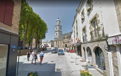 Appartement de 190m² centre ville d'Auray avec gar