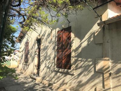 A vendre, Arles, Villa T4 de plain-pied avec garage