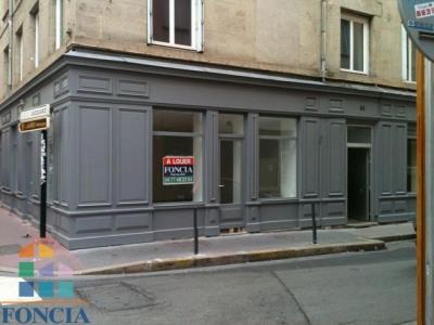 Saint ÉTIENNE Locaux commerciaux 1 pièce 71 m²