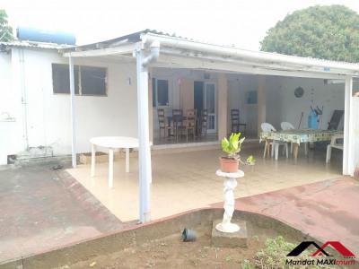 Maison Sainte Clotilde 5 pièce (s) 89.61 m²