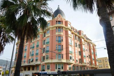 Appartement Nice 2 pièce (s) 42.08 m² - A rénover