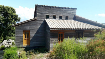 Maison bois à terminer sur 18 328 m²à 15 mn de Porticcio