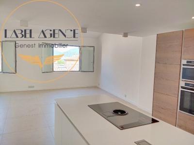 Appartement en duplex, centre de Saint Tropez !