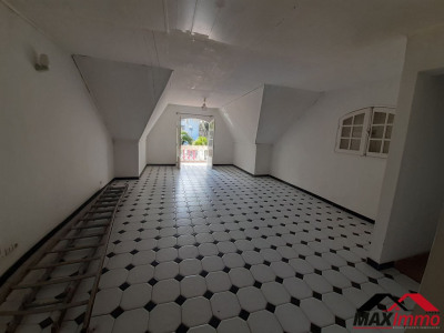 Maison Saint Joseph 8 pièce (s) 225 m²