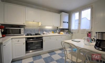 Maison Plaisir 5 pièce (s) 92.50 m²