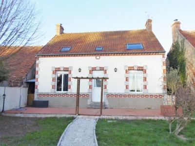 Maison avec 3 chambres GUILLY - 6 pièce(s) - 160 m2